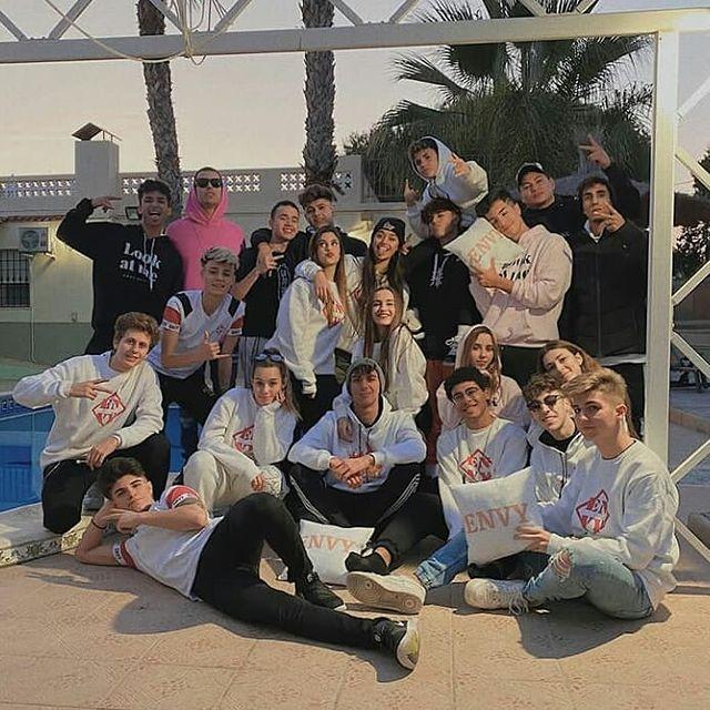 Foto de Envy House y sus integrantes