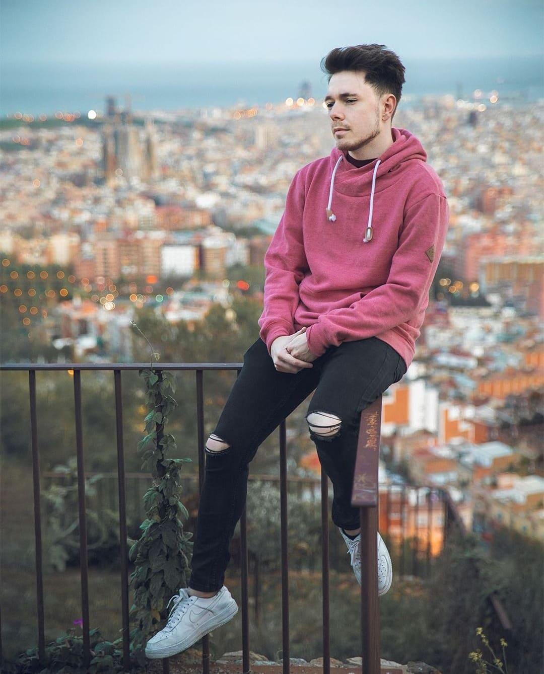 Foto de Reven con suéter