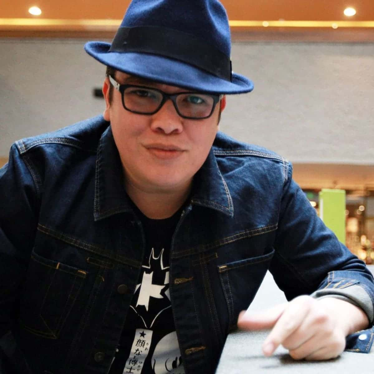 Foto de Franco Escaramilla con sombrero